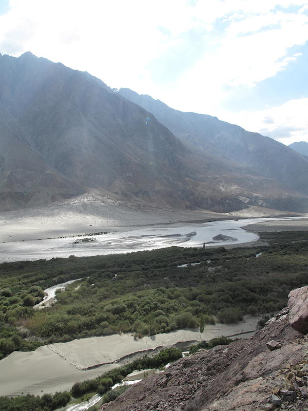 Shyok River along the Khardung road