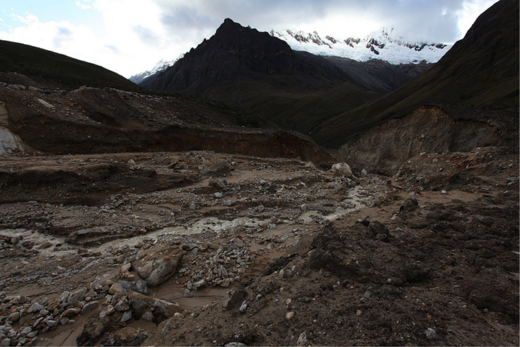 GLOF aftermath in Peru ( Will McElwain/Flickr, some rights reserved)