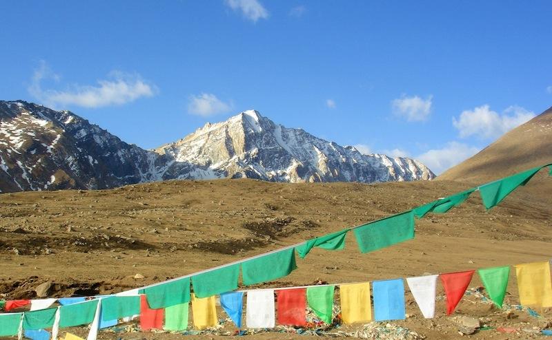 西藏山南雅拉香布雪山_Tibet