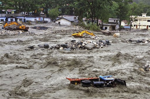 Torrential rain caused unimaginable flooding in Uttarakhand. Many traditional sites and statues were ruined. (Photo: Flickr)