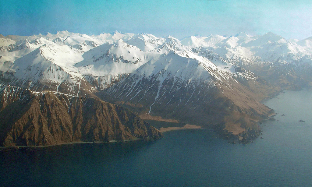 A picture of the side of Unalaska island