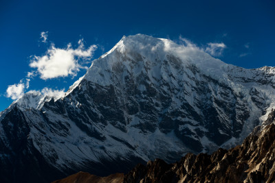 Langtang Lirung Glacier © Funky Buddha/flickr