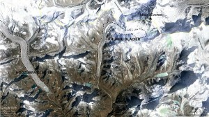 Figure 2: Mount Everest area in Nepal with Khumbu Glacier and the other important glacier: Ngozumpa Glacier. The proportion of debris-covered glaciers in this zone speaks for itself.