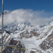 Everest's Glaciers in Peril