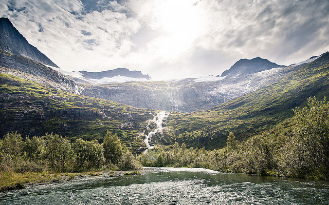 Hiking in Sunnmøre, Part 4: Regndalen. (Source: Severin Sadjina/Flickr)