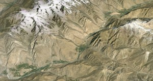 Fields and villages in Gund River Valley, eastern Tajikistan, before July 2015 GLOF (source: Google Earth)