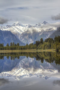 New Zealands Southern Alps Courtesy of Geee Kay, Flickr)