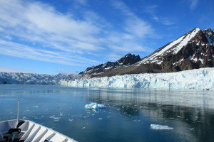Svalbard Glacier, courtesy of Airflore/Flickr.