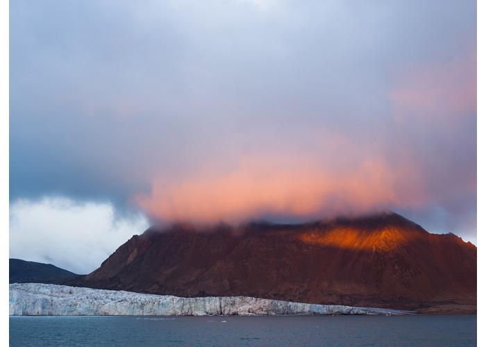 Tuv Glacier
