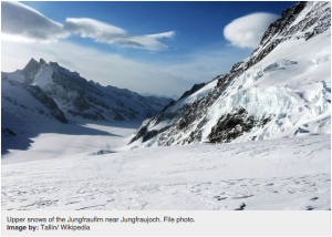Upper snows of the Jungfraufirn near Jungfraujoch. File photo. Image by: Tallin/ Wikipedia