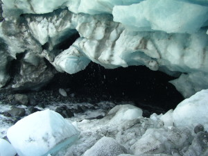 Glacier cave in Donoho Falls Lake, Root Glacier (source: J. Pataky)