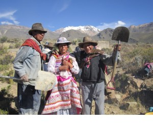 Villagers in Pinchollo, Peru, displaying shovels used in irrigation maintenance rituals (source: A. Stensrud)