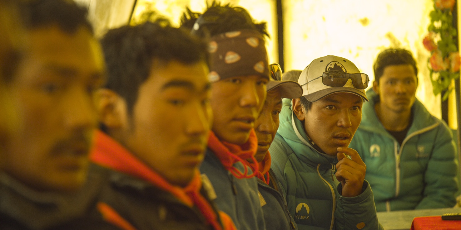 Sherpa4_attending meeting at base camp_discoverychannel