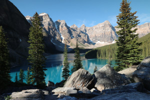 Moraine Lake Alberta Canada(Credit: Flickr)