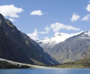 Laguna Llanganuco in Huascarán National Park (source: UNESCO)