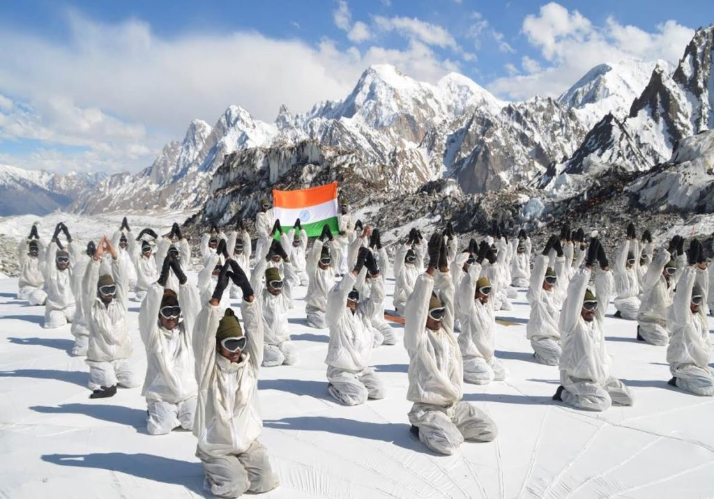 Indian soldiers practice yoga on world's highest battlefield