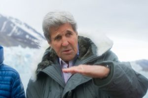 Secretary of State John Kerry addresses reporter aboard ship on the Kongsfjorden in valbar, June 16, 2016 (source: US Dept of State)