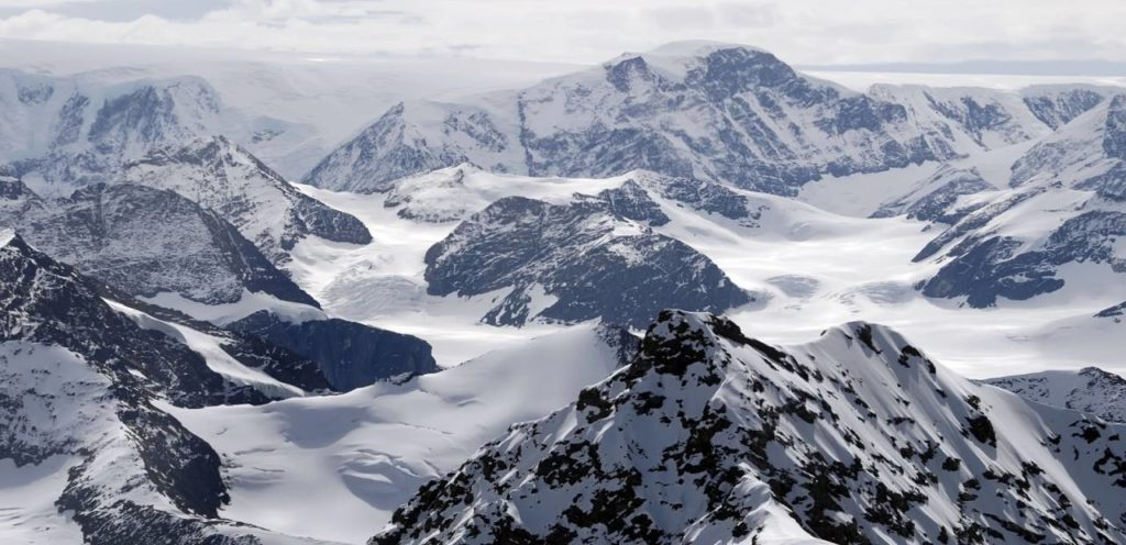 The Antarctic Peninsula (Source: Wild Frontiers)