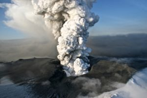 Steam plumes from the caldera of Eyjafjallajökull (Source: Jon Gustafsson)