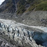 As Glaciers Melt, Tourists Keep on Coming to New Zealand