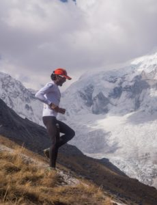 Steep downhill section of the Andes Challenge in the Cordillera Blanca (source:Benkelo Morales)