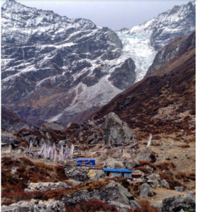 Kimjung glacier inches from Kyangjin Gumba, Langtang (3870m asl). The above glacier had also released an air-snow blast avalanche that blew off all standing homes nearby. (Source: Tsechu Dolma)