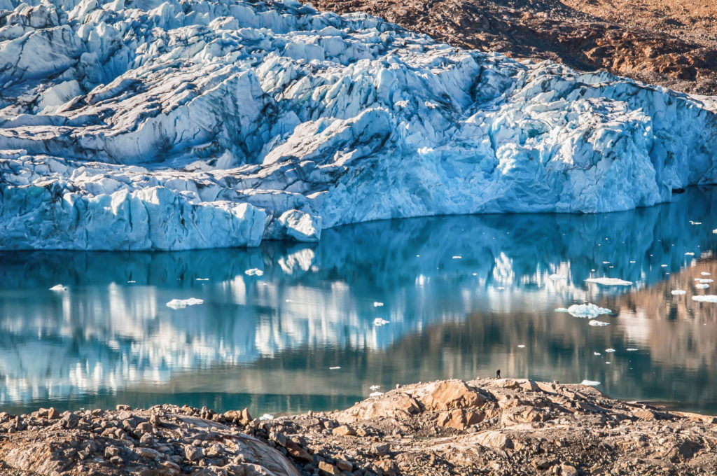 A Greenland Glacier (source: Kyle Mortara/Flickr).
