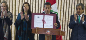 Signing of Peru's instrument of ratification, Lima (source:MINAM)