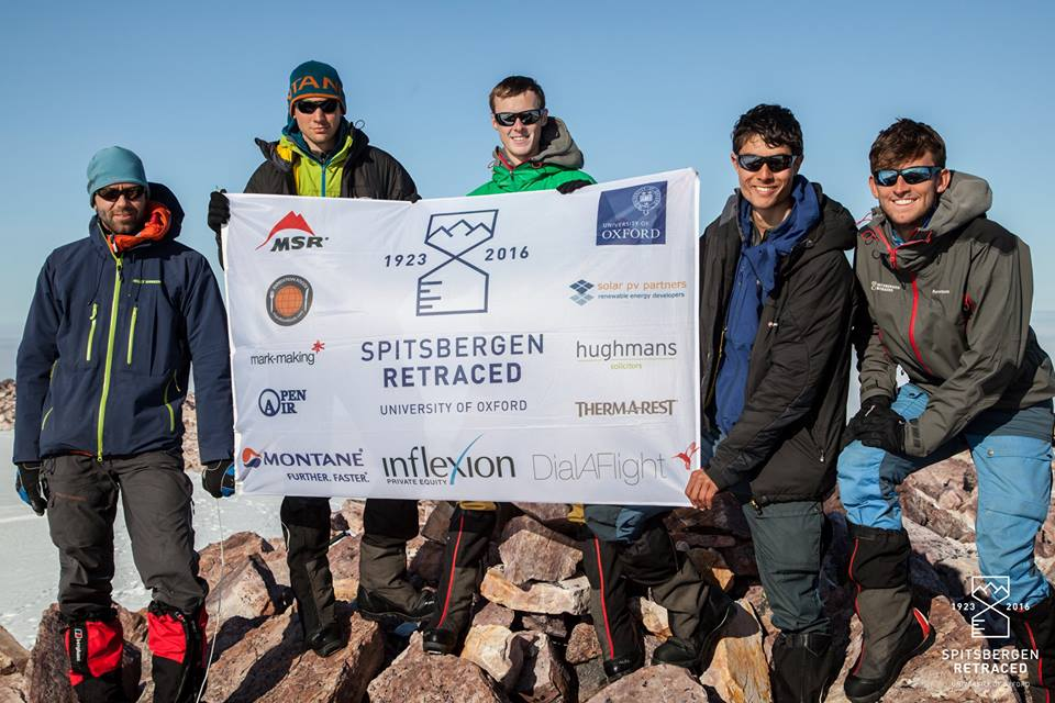 The team and their guide on the summit of Poincarétoppen (Source: Liam Garrison/Spitsbergen Retraced