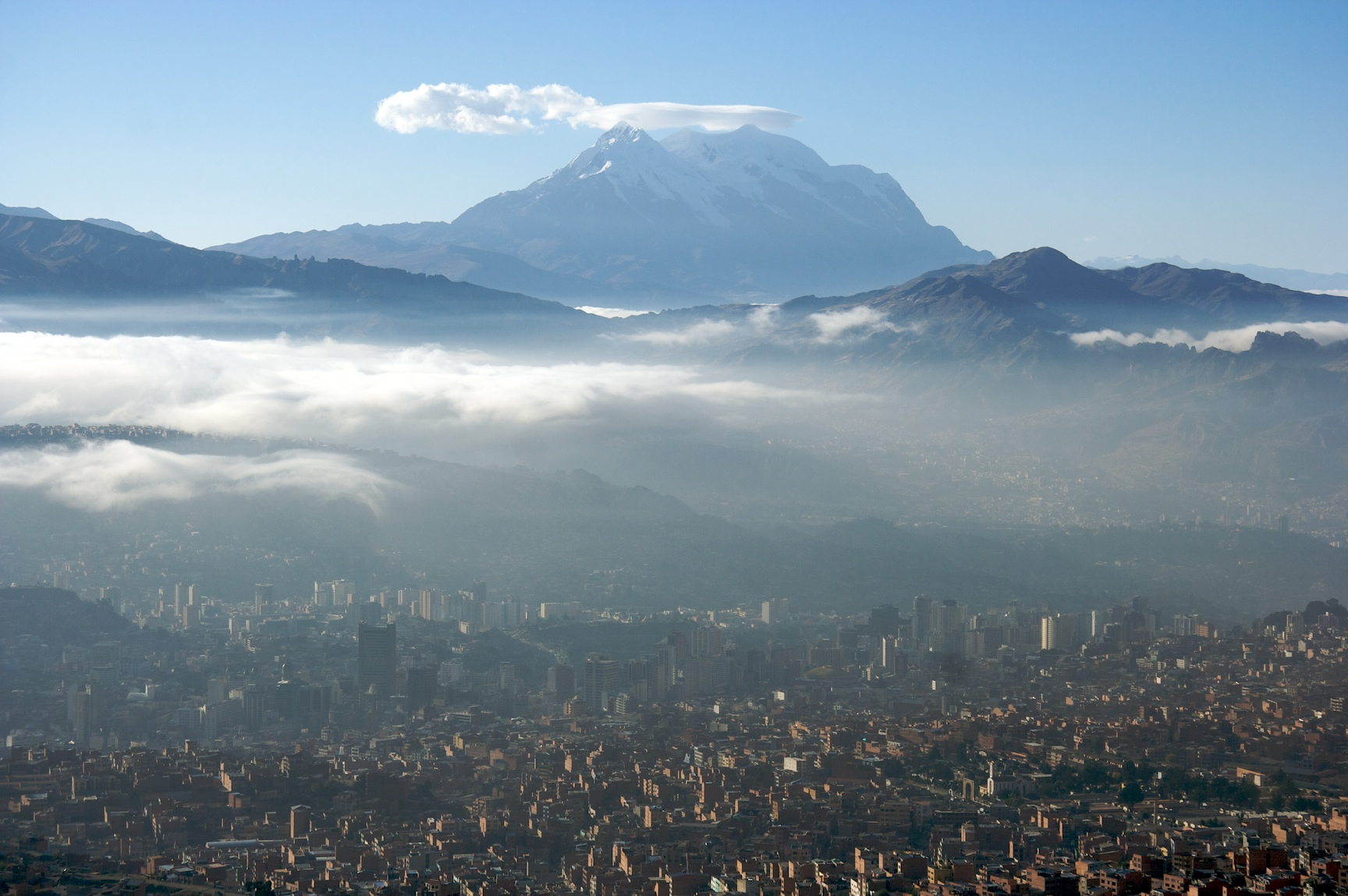 Mount Illimani with the city of La Paz in the foreground (Source: Mark Goble/Flickr).