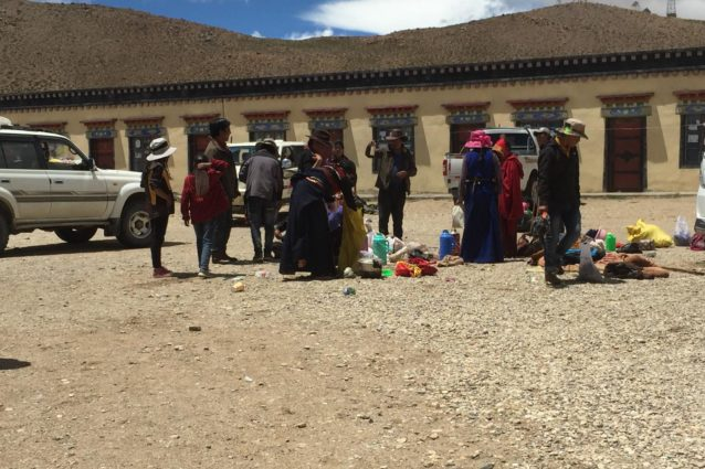 Tibetan pilgrims packing up at a simple guest house at Thrugo, the main bathing gate at the south side of Manasarovar (Source: Emily Yeh/University of Colorado).