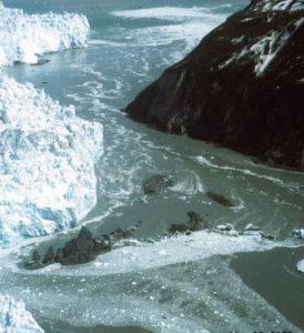 Hubbard_Glacier_May_20.2000