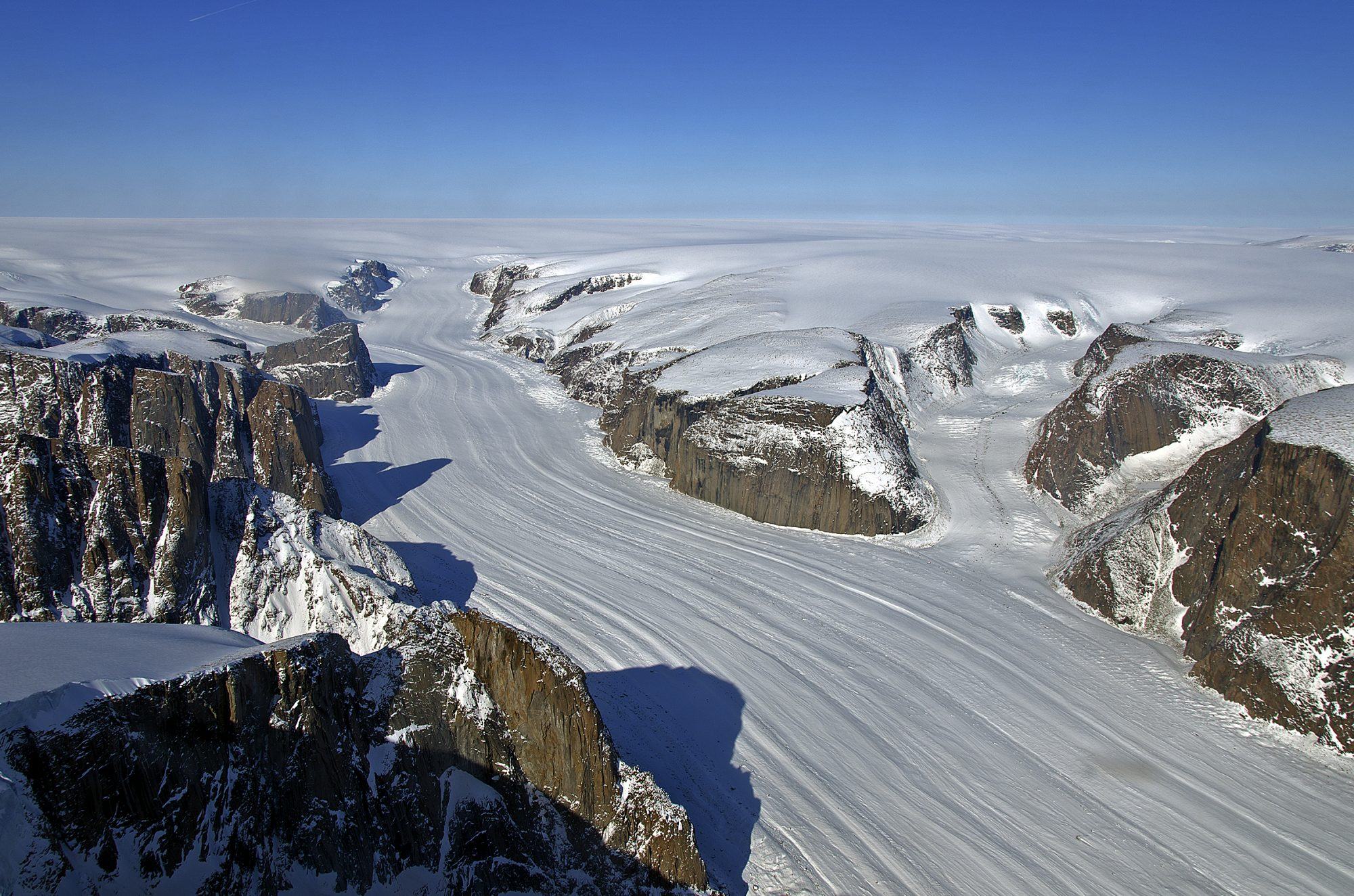 Penny Ice Cap in Auyuittuq National Park of Baffin Island, Nunavut, Canada (Source: NASA/Creative Commons).