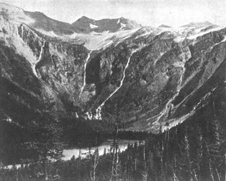 Sperry Glacier viewed from Avalanche Lake in 1894 or 1895 (Source: U.S. National Park Service).
