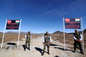 Soldiers at India-China border (source: ArmyComplex/Twitter)