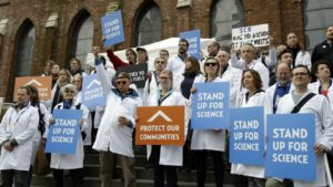 Scientists at demonstration at AGU annual meeting, San Francisco, December 19, 2016 (source: DeLucia/Twitter)