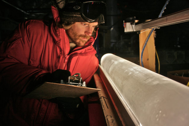 An ice core from Taylor Glacier reveals changes in dust composition during the last deglaciation (Source: Oregon State University / Creative Commons).