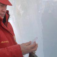 Putin Visits Arctic Glaciers