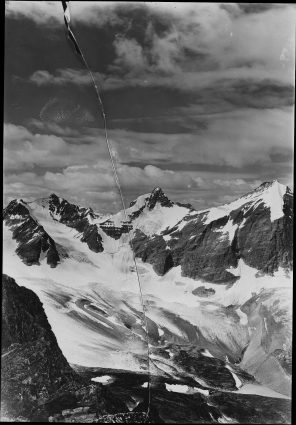 1915 Photograph of Thunderbolt Peak