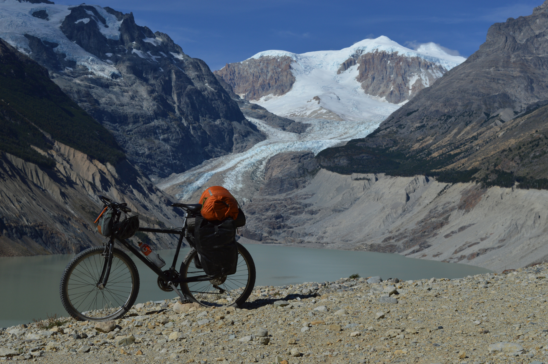 Photo of the Calluqueo glacier