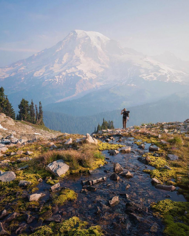 Hiking through Mount Rainer National Park (Source: Scott Kranz/Instagram)