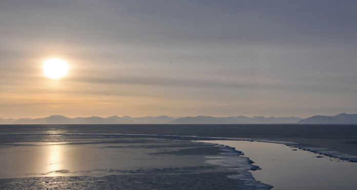 Sea Ice around Svalbard (Source: Angelika H.H. Renner, 2011).