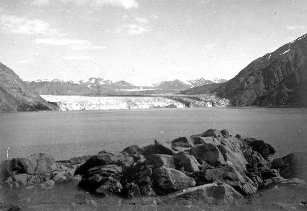 Alaska Range, Carroll Glacier in 1906 by GlacierHub