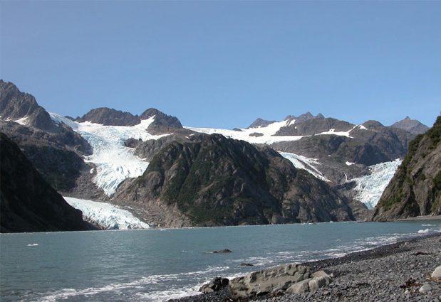 Alaska Range, Holgate Glacier in 2004 on GlacierHub