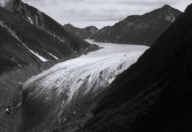 Alaska Range, McCall Glacier in 1958 on GlacierHub