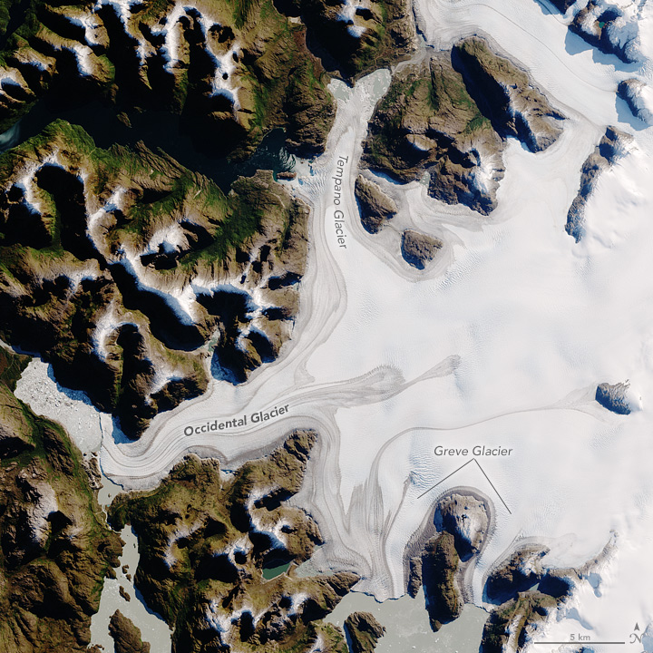 Aerial photo of the Occidental glacier