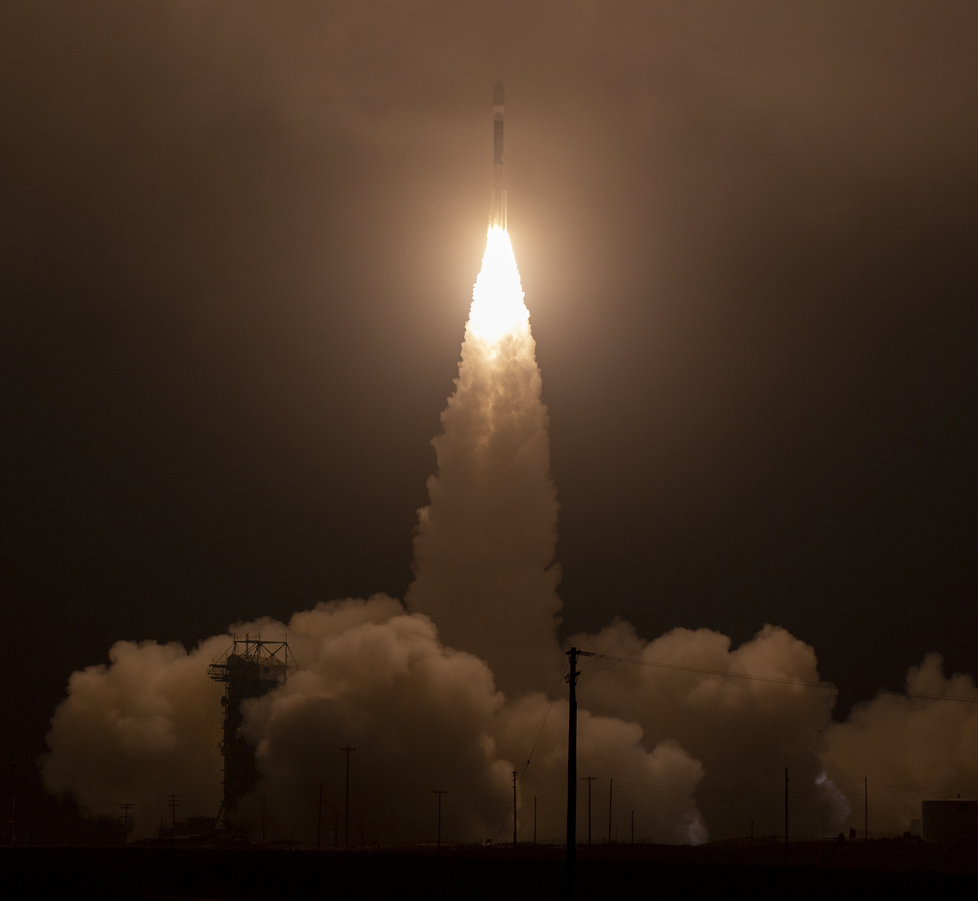 The United Launch Alliance (ULA) Delta II rocket is seen as it launches with the NASA Ice, Cloud and land Elevation Satellite-2 (ICESat-2) onboard, Saturday, Sept. 15, 2018. Photo Credit: (NASA/Bill Ingalls)